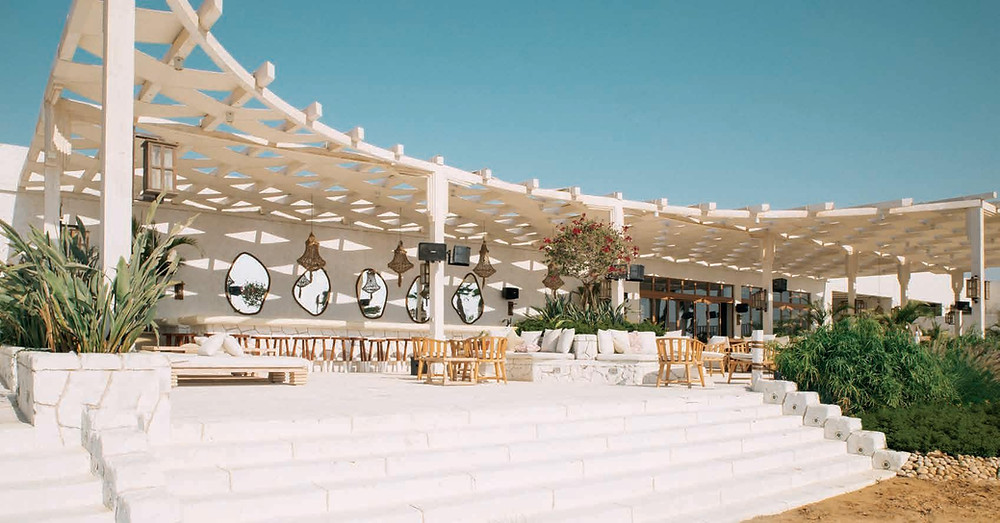 The clubhouse in Azha