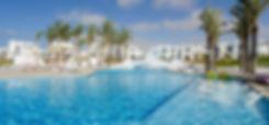 Swimming pools in Mountain View Ras El Hikma