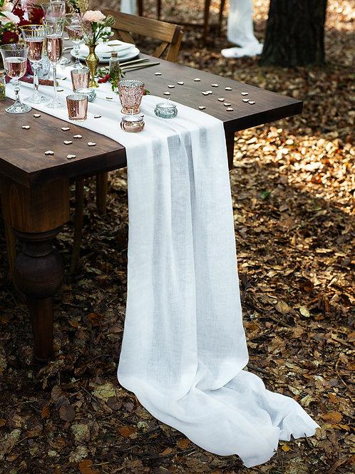 Mušelínový běhoun na stůl
