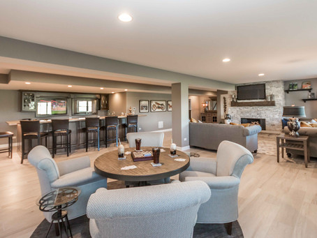Video Tour of Two Luxury Ranch Model Homes at the Lakes of Boulder Ridge Community