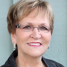 Pastor-Carol-McLean_edited_edited.jpg