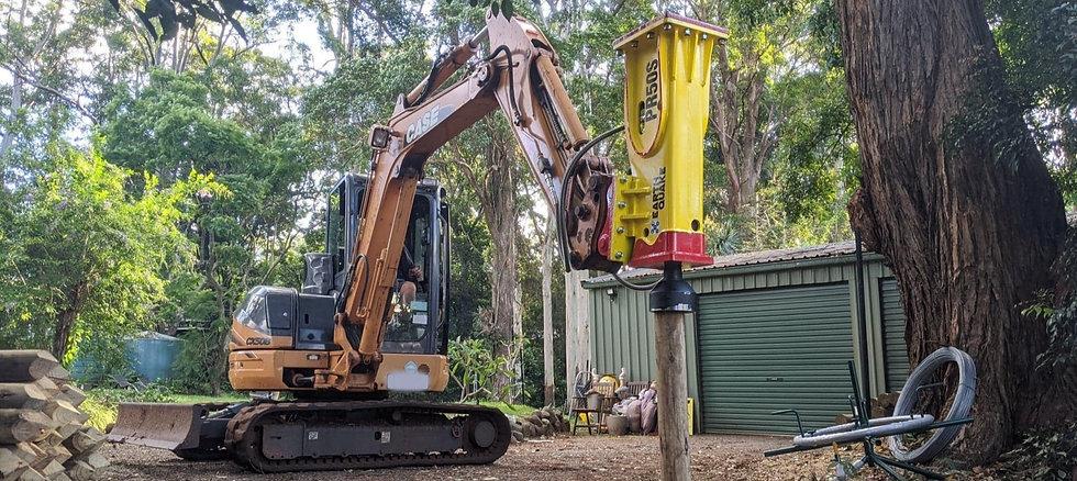 Post Rammer on Excavator