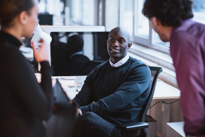 Cresce 18% número de pessoas que trocam de área profissional