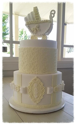 2 tier with Pram Topper