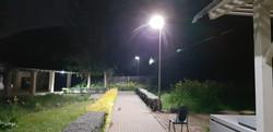 עמודי תאורה סולאריים