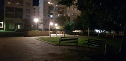 תאורה סולארית בלילה
