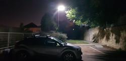 עמודי תאורה סולארים