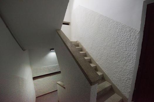 תאורה רחוב סולארית חדר מדרגות