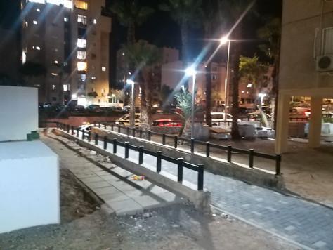תאורה רחוב סולארית