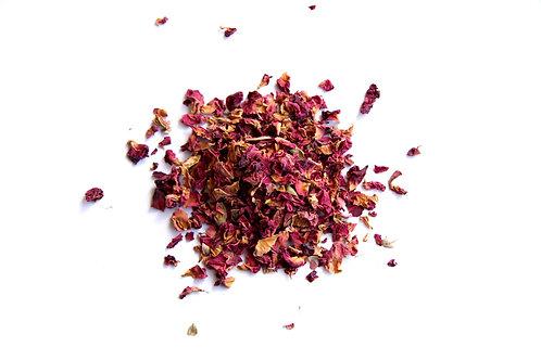 rose buds and petals herbal tea