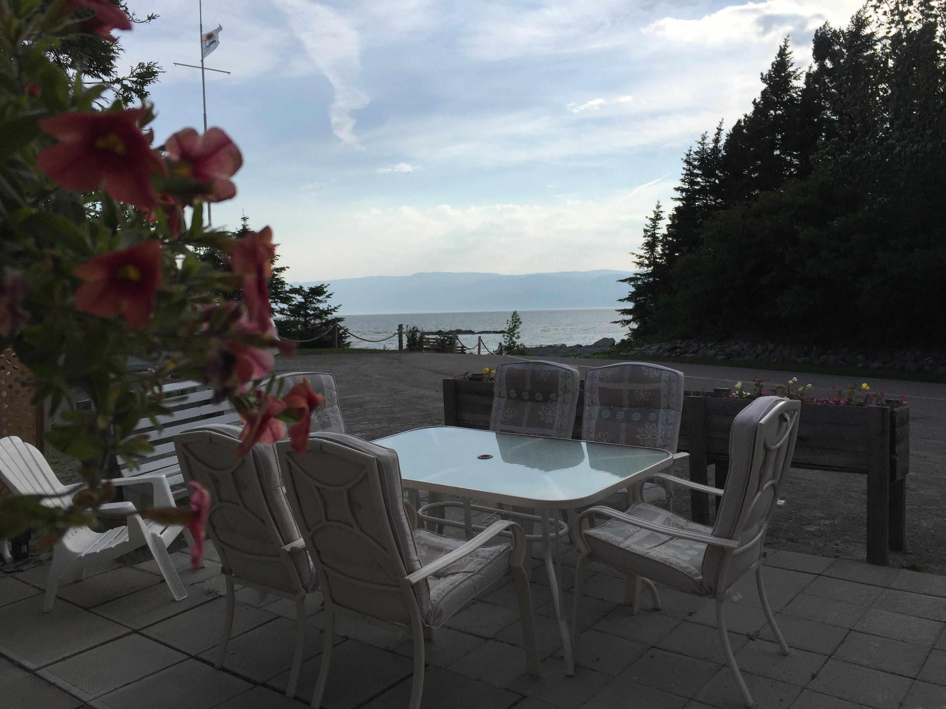 La vue de la  terrasse de l'Ancestrale double