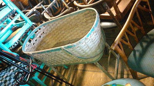 Antique Bassinet / Crib / Cradle