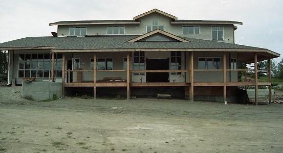 museum construction: wraparound porch