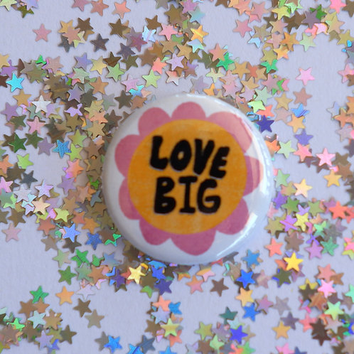 Love Big Button