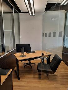 Kleines Büro b.jpg