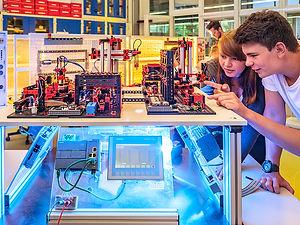 Industrieszene-Fabriksimualtion24V.jpg