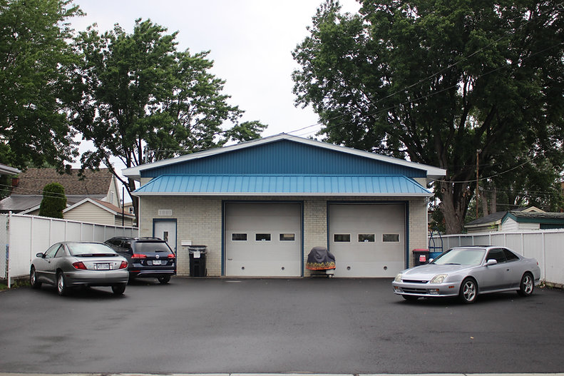 garage michel ouellette.JPG