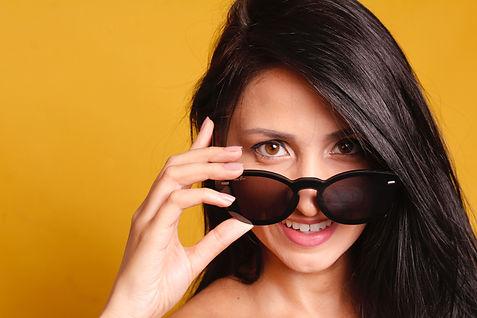 beautiful-beauty-eyewear-1132391.jpg