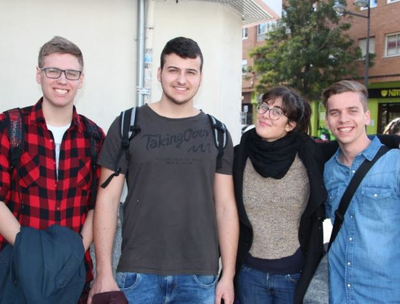 Gruppe in Valencia