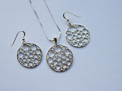 Circular Cut Out Multi Circles Pendant and Drop Earring Set
