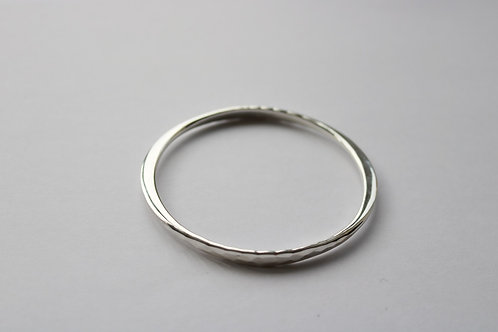 Flat Plate Hammered Side Bangle