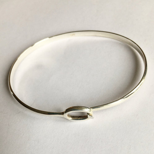 Oval Clip Top Bangle