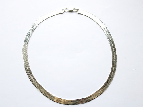 Wide Herringbone Shiny Necklace