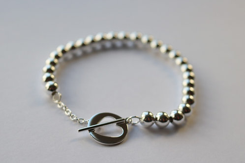 Ball Open Heart T Bar Bracelet