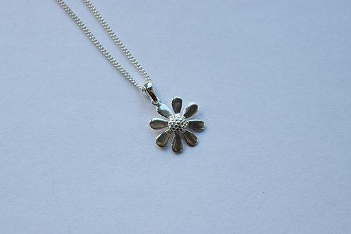 Plain Daisy Pendant