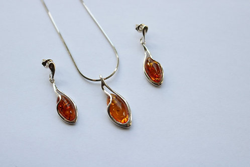 Cognac Amber Silver Detail Pendant and Drop Earring Set