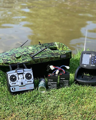 Lake-Reaper-Camo-with-FF918C-Fish-Finder