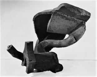 Katherine Gili (b.1948) 'Pistil' 1979, H 71 cm, mild steel