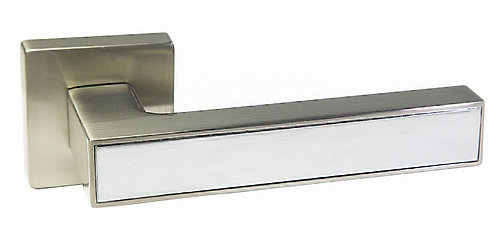 Ручка на розеткe RICH ART 311 R18