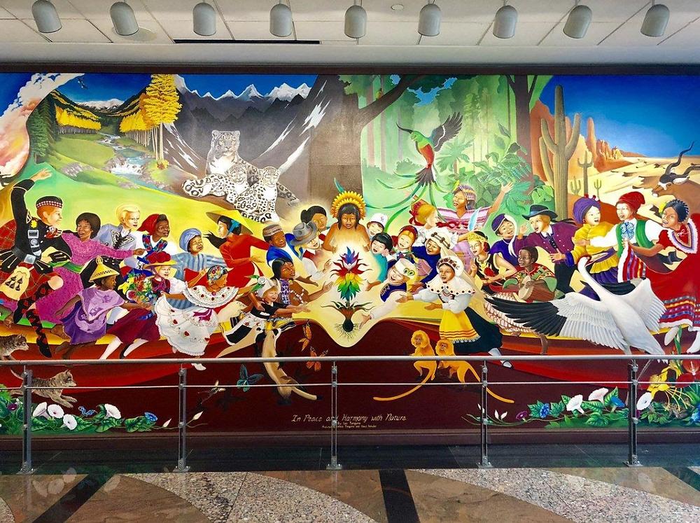 Nuevo paz y armonía con la naturaleza mural aeropuerto de  Denver