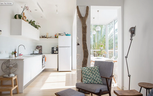 white condo  custom kitchen cabinets