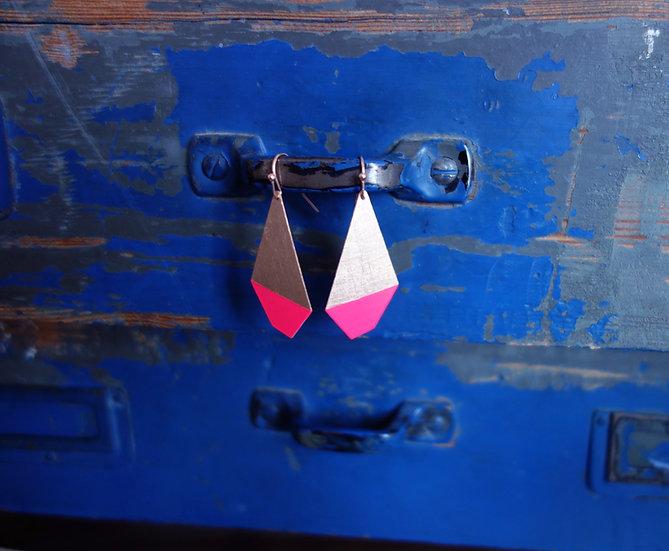 Geometrische Ohrringe Polygon Neon Pink, roségoldfarben