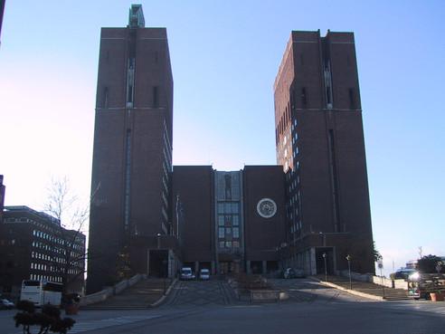 Oslo otwiera się delikatnie - nabożeństwa będą znowu dozwolone