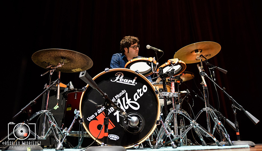 Matan Ephrat Playing drums