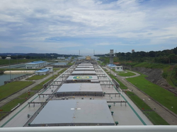 ROYAL ARGO @ Panama canal
