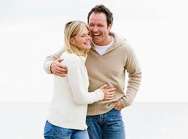 Paar am Strandkleiner Kopie.jpg