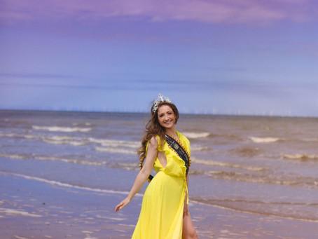 The yellow dress… 💛