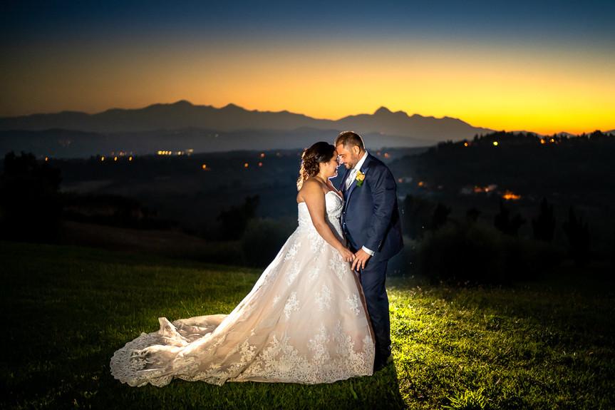Sposi al tramonto.jpg