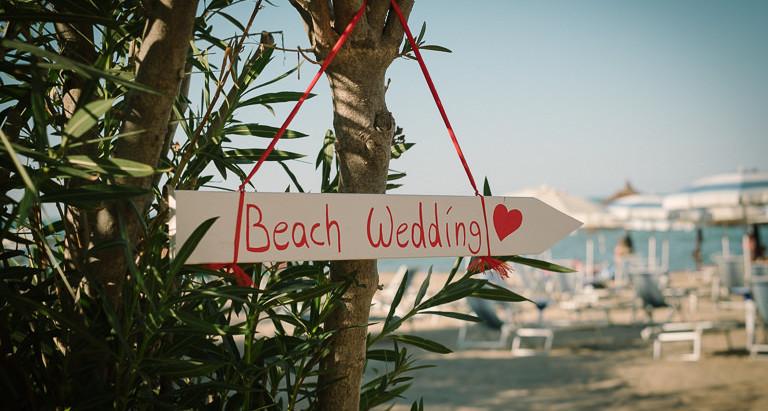 Matrimonio in spiaggia a Silvi Marina.