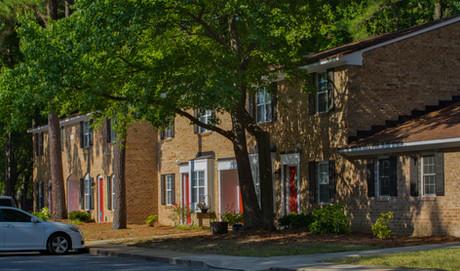 Thousand Oaks Apartments-4.jpg