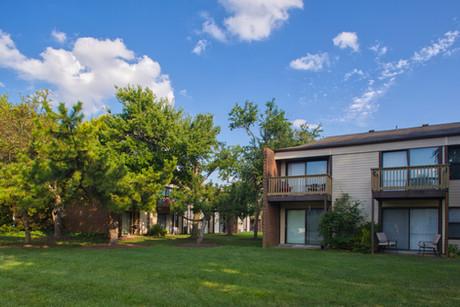 Pembroke Lake Apartments-16.jpg