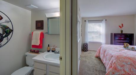 Pembroke Lake Apartments-28 (1).jpg