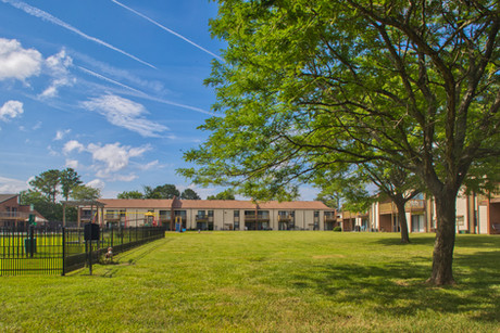 Pembroke Lake Apartments-13 (1).jpg