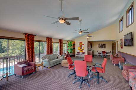 Pembroke Lake Apartments-32 (1).jpg