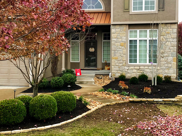 Distinctive Outdoors Landscaping