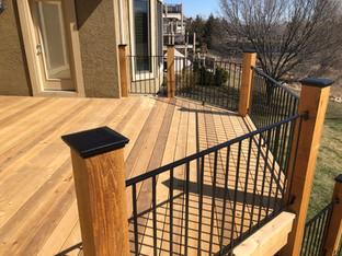Distinctive Outdoors Outdoor Living Custom Deck